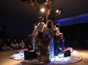 Sukses di 4 Kota, Teater Keliling Pentaskan Sang Saka