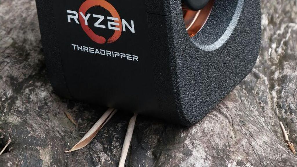 Unboxing AMD Threadripper, Prosesor Bertenaga 32 Core