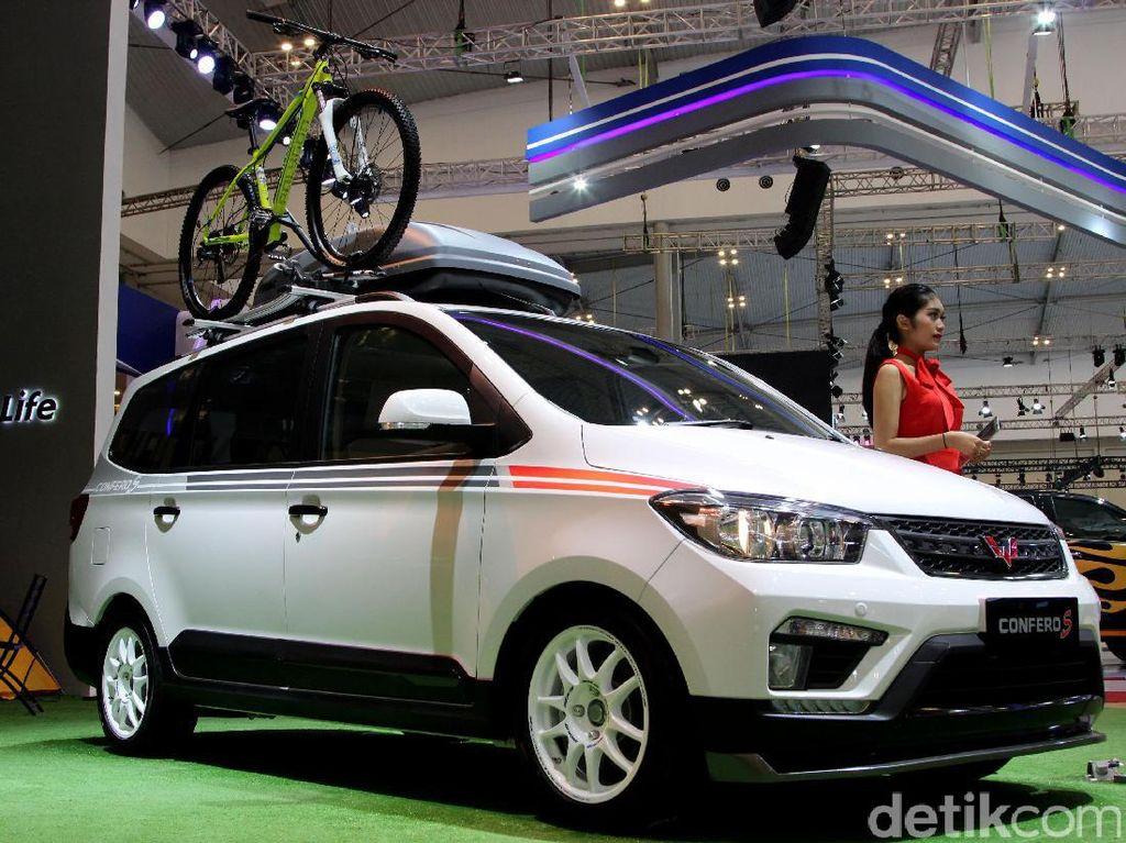 Wuling Girang Bisa Jual 2.212 Unit Mobil dalam 2 Bulan