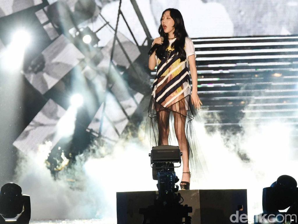 Taeyeon SNSD Mengaku Depresi, Alasan Kenapa Kondisi Ini Jangan Diremehkan