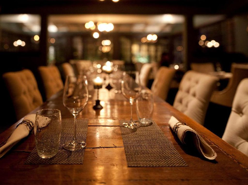 Berani? Makan Enak di 12 Restoran yang Paling Berhantu di Dunia Ini (1)