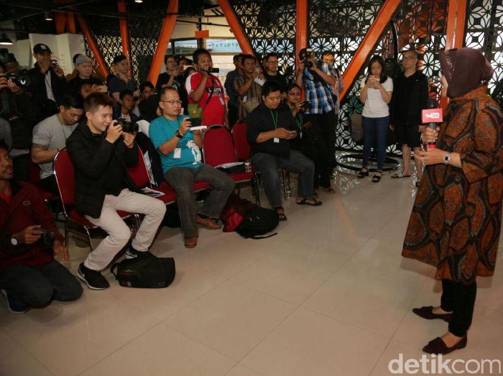 Risma Semangati Kreator Youtube dan Pelaku UKM di Surabaya