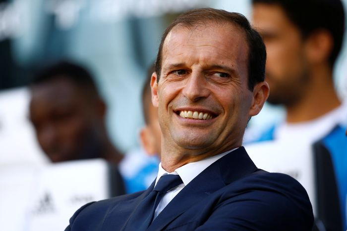 Soccer Football - Serie A - Juventus vs Cagliari - Turin, Italy - August 19, 2017   Juventus coach Massimiliano Allegri before the match    REUTERS/Stefano Rellandini