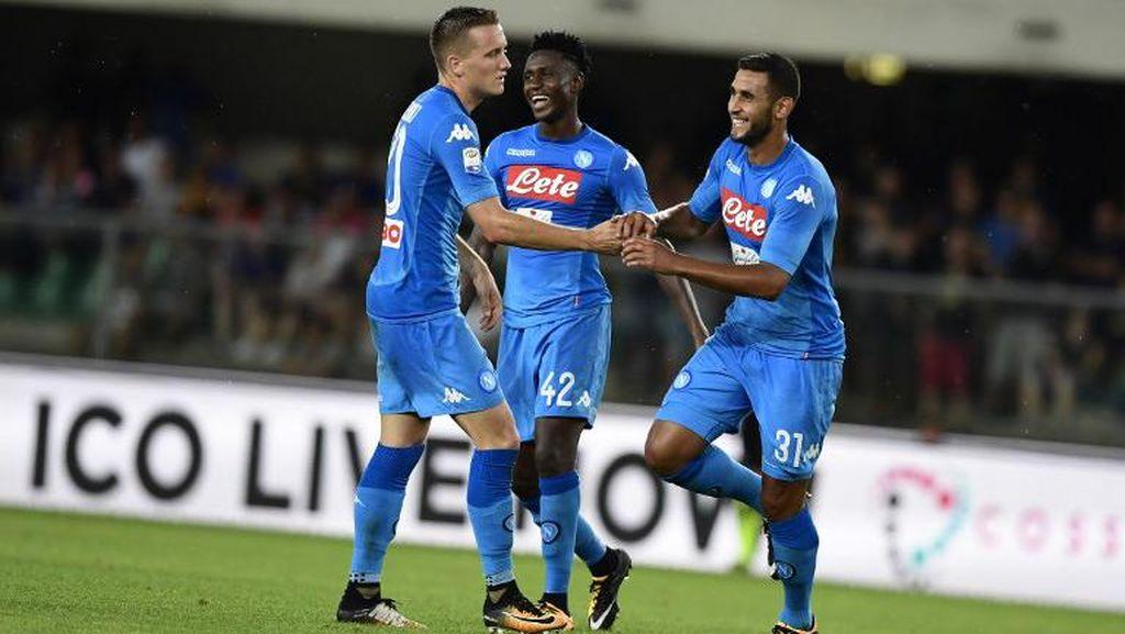 Awali Musim, Napoli Tundukkan Verona 3-1