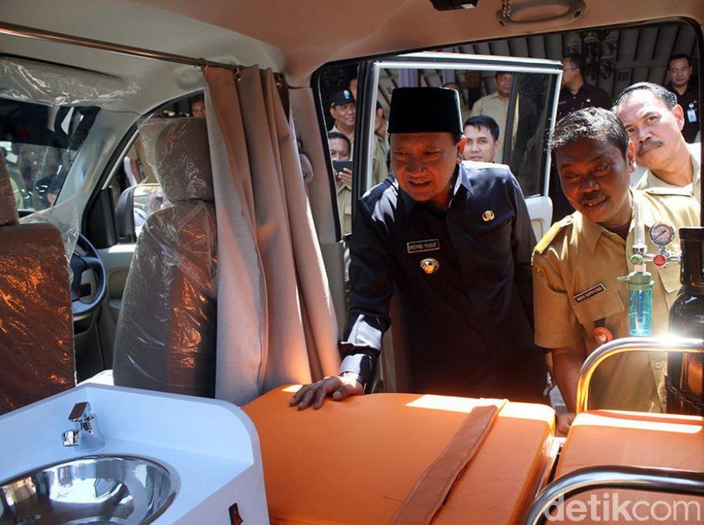 27 Unit Ambulance Dibeli dengan Dana Desa di Pasuruan