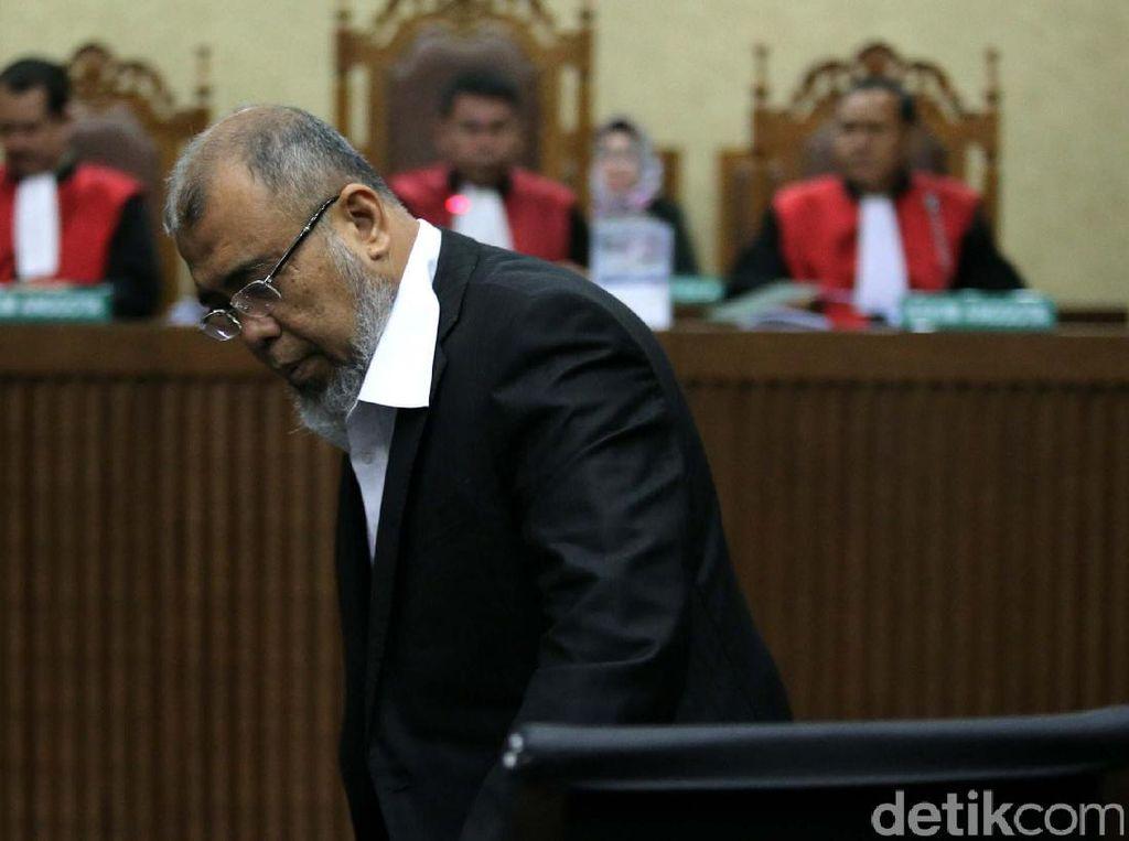 Jejak Patrialis Akbar: Politisi, Menteri, Hakim, Terbukti Korupsi