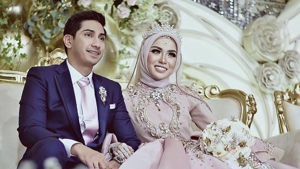 Foto-foto Pernikahan Mewah Medina Zein dan Adik Ayu Azhari