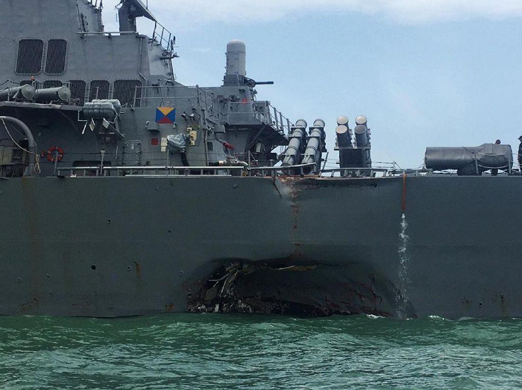 Hilang dalam Tabrakan Kapal Perang, 10 Tentara AS Ditemukan Tewas