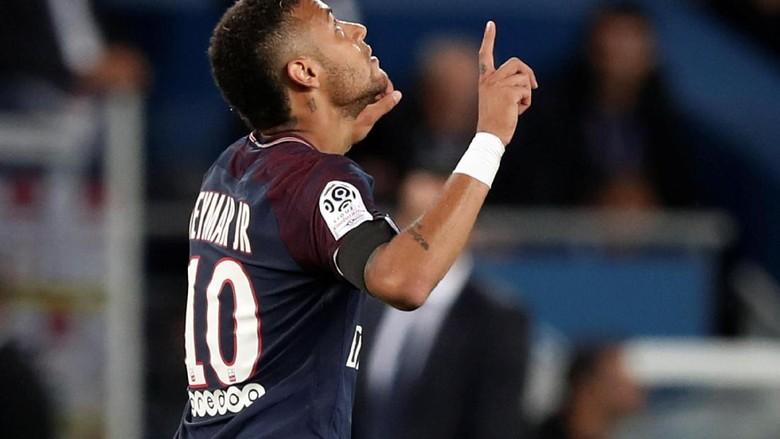 Neymar Sama Hebatnya dengan Messi dan Ronaldo