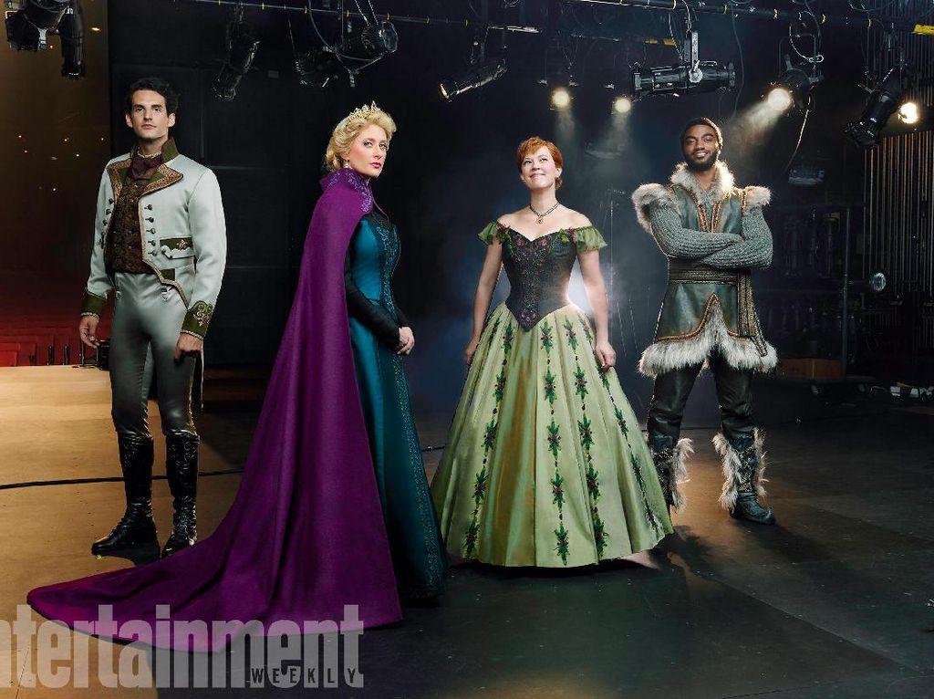 Tak Nyanyikan Let It Go, Putri Elsa Versi Broadway Bawakan Monster