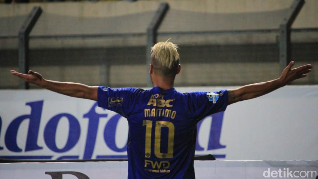 Foto: Maitimo Hat-trick, Persib Pesta Setengah Lusin Gol