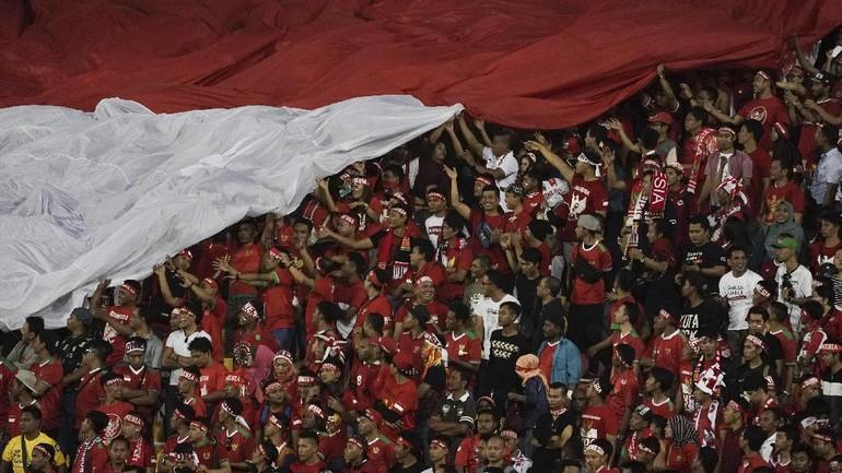 Suporter Indonesia: Hyper-nasionalis di Lapangan Hijau