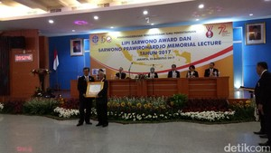 Jokowi Diminta Tambah Anggaran Riset
