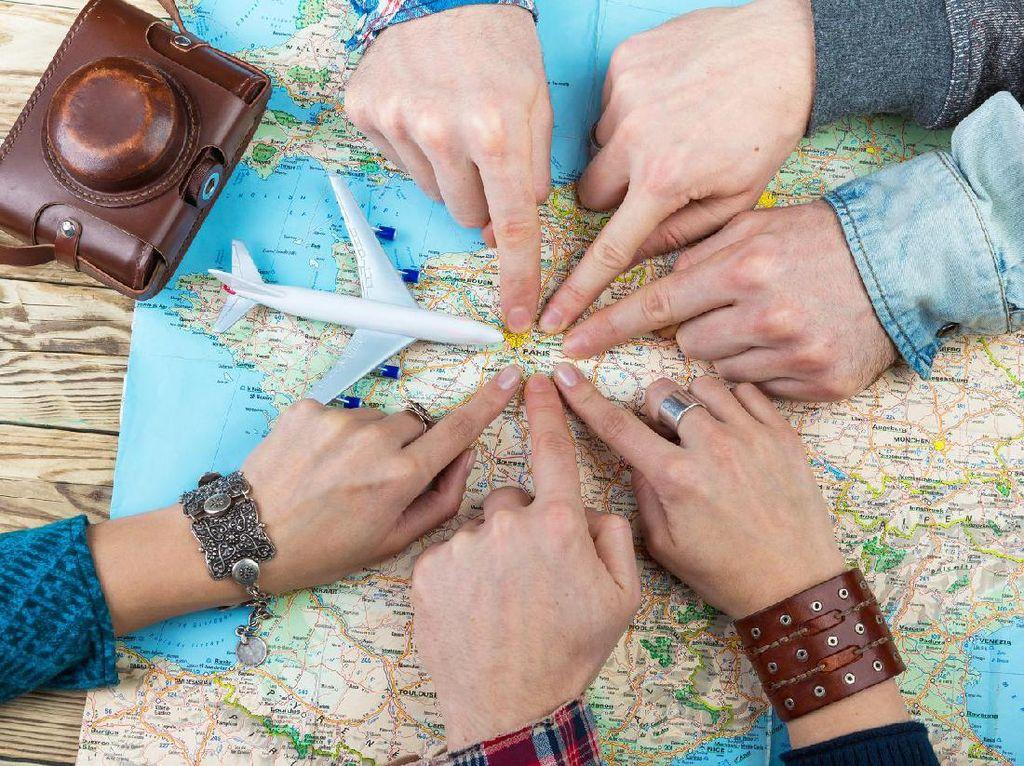 Tunda Traveling, Para Travel Influencer Andalkan Tabungan
