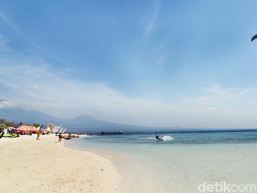 Celebrity on Vacation: Menjelajahi Pulau Tabuhan yang Eksotis