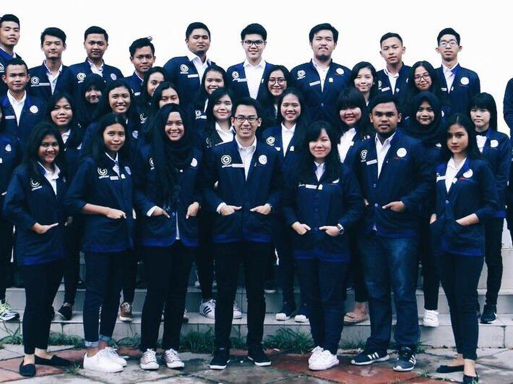 Jurus Mahasiswa Bangun Organisasi Kampus dengan Rumus Einstein