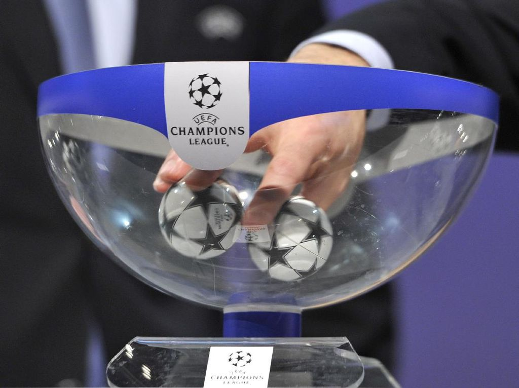 Kocak! Undian Liga Champions ala Ronaldo