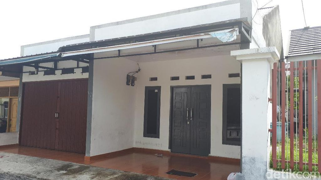 Foto: Kantor Saracen di Pekanbaru, Ternyata...