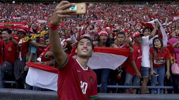 Ezra Walian dipastikan tak bisa membela Timnas Indonesia meski sudah menjadi WNI. (