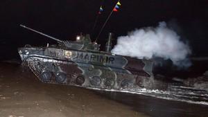 Barang Konsumsi Ini Diimpor RI: Dari Tank, Senjata, Hingga Buah-buahan