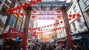 Restoran Bos First Travel Ada di Chinatown London yang Populer