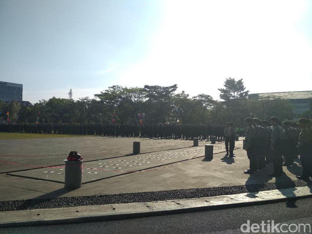 Jelang Karnaval Kemerdekaan, Polisi dan TNI di Bandung Apel Bersama
