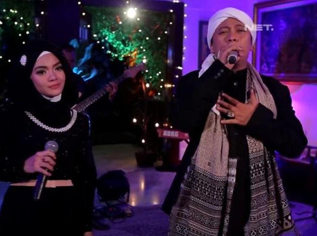 Netizen Berduka Istri Kedua Opick Meninggal