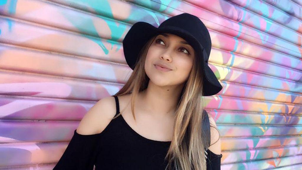 6 Fakta Sarah Azhari yang Disangka Pacaran dengan Anak