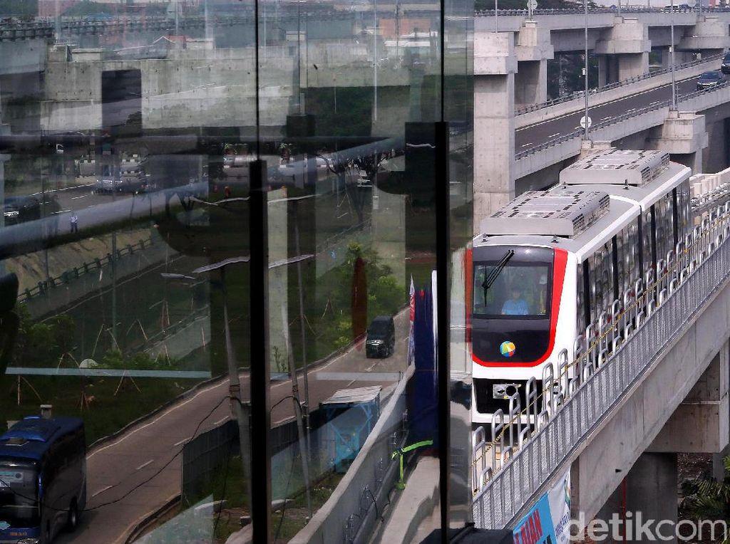 Selain Soetta, Skytrain Juga Akan Terpasang di Bandara Ngurah Rai