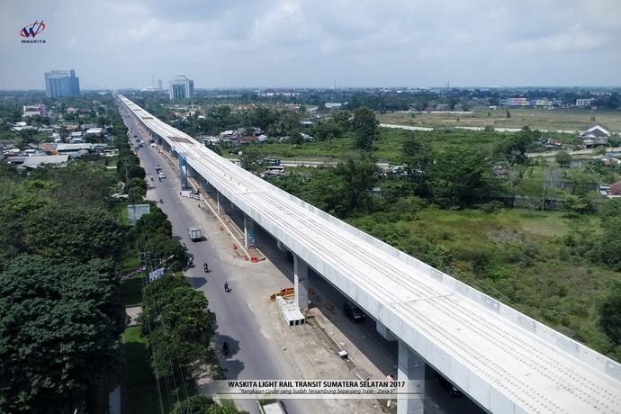 Sejak mulai dibangun Oktober 2015, realisasi konstruksi LRT hingga Agustus 2017 sudah mencapai 55%. Pool/Dok. Waskita Karya.