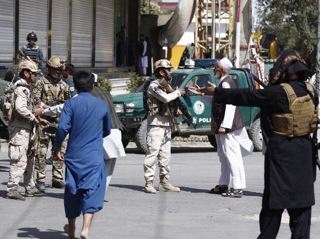 ISIS Mengklaim Serangan di Masjid Syiah Kabul yang Tewaskan 20 Orang
