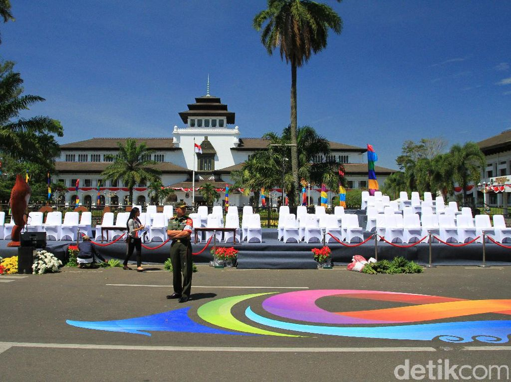 Jokowi akan Naik Kendaraan Hias Istimewa di Karnaval Kemerdekaan