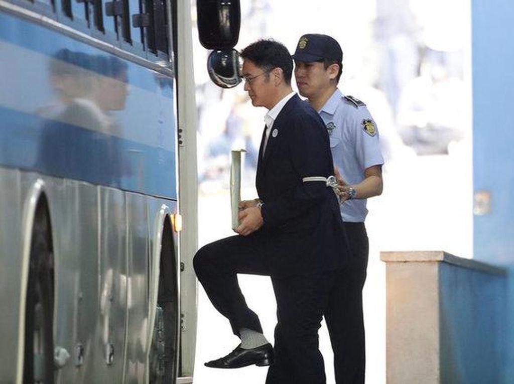 Jay Y. Lee, Pangeran Samsung yang Kini Harus Mendekam di Penjara