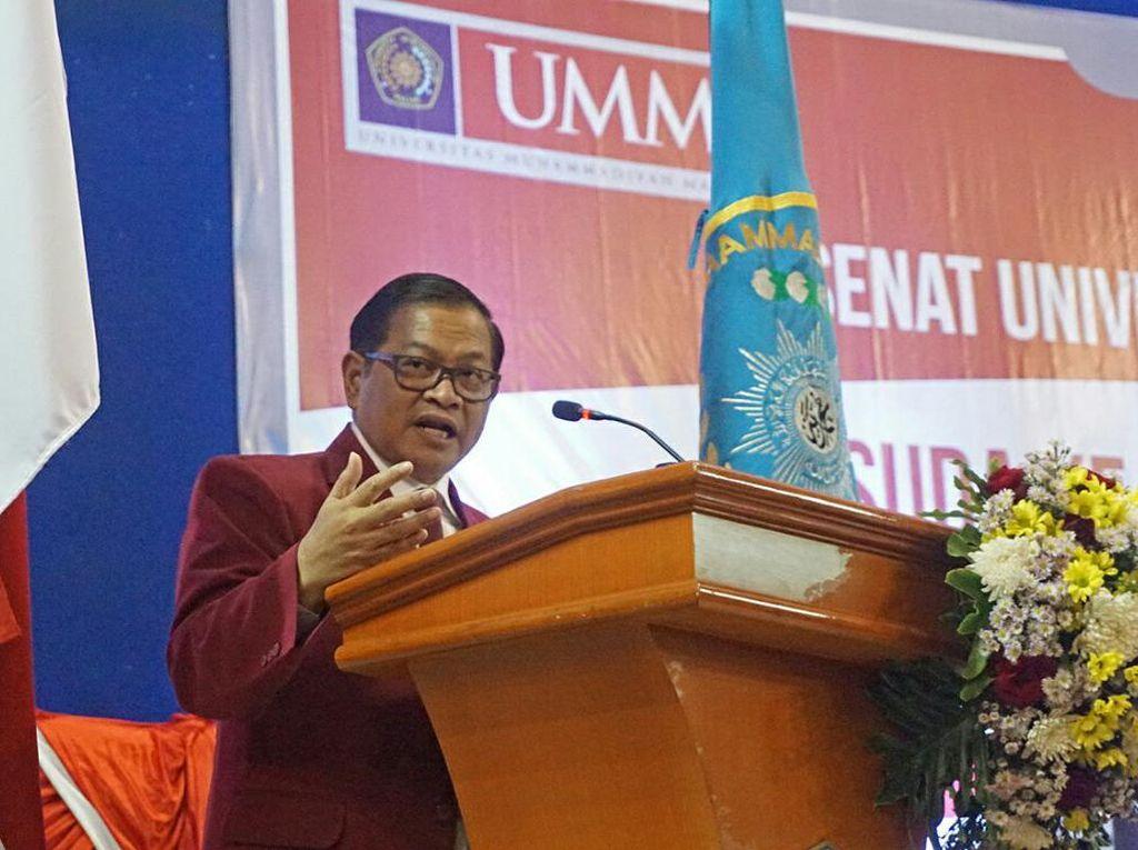 Di Wisuda UMM, Pramono Anung Ajak Pemuda Tingkatkan Kreativitas