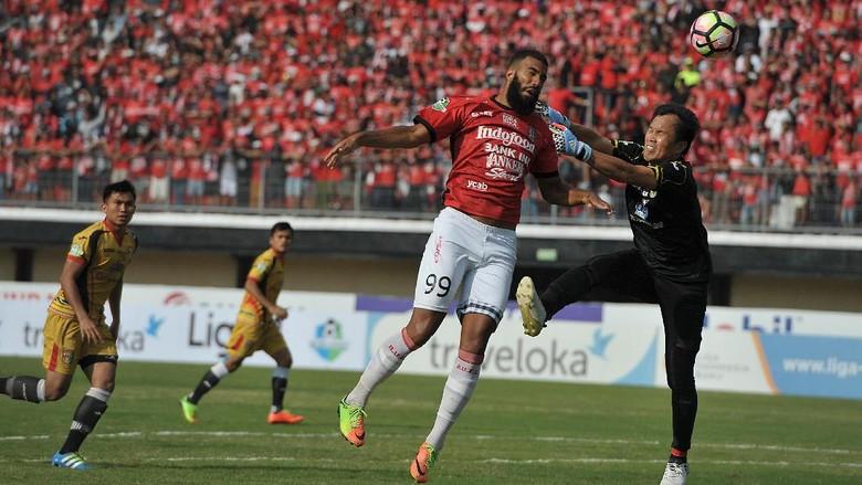 Bali United dan Comvalius Pisah Jalan