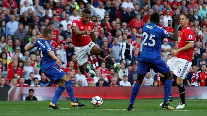 MU vs Leicester City akan membuka Liga Inggris 2018/2019 (Foto: Andrew Yates / Reuters)