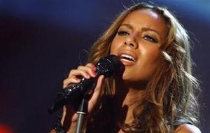 Sudah Tahu? Leona Lewis lagi Liburan di Bali