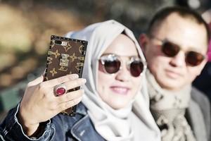 Polisi Sita 116 Kacamata dari Pasangan Bos First Travel