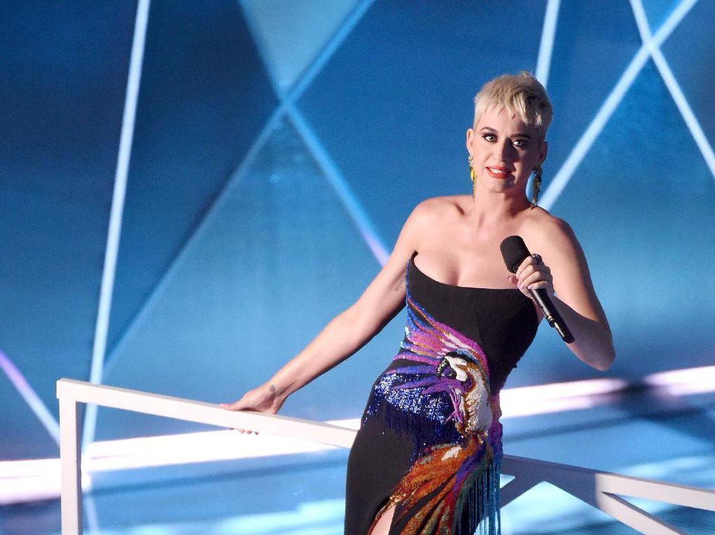 Isu Plagiat Tak Lunturkan Semangat Katy Perry Rilis Lagu Baru
