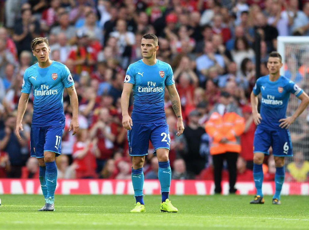 Arsenal Kalah Tanpa Perlawanan di Anfield