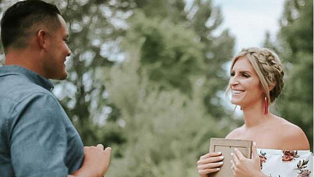 Foto: Detik-detik Saat Suami Kaget Dapat Kabar Bakal Jadi Ayah