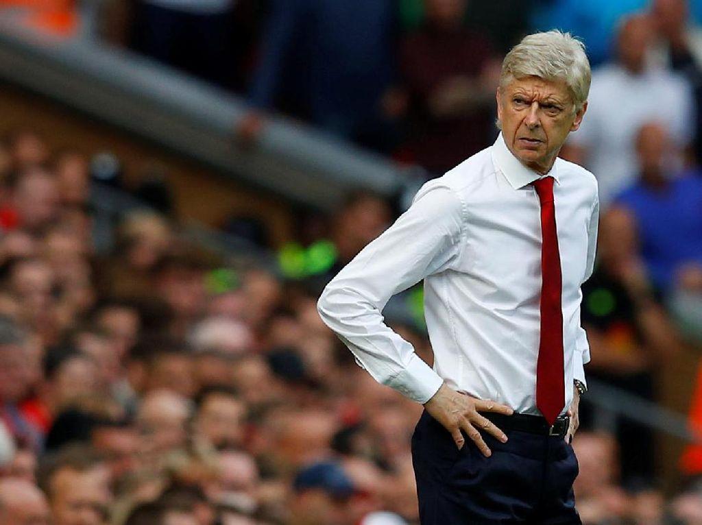 Jika Arsenal Dikalahkan Spurs, Wenger Diminta Tinggalkan Kursi Manajer