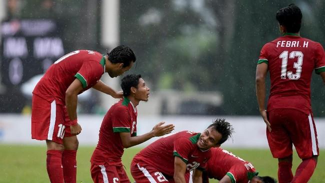 Pemain timnas Indonesia merayakan gol ke gawang Myanmar (Foto: Sigid Kurniawan/Antara)