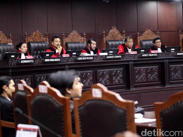 MK Perpanjang Waktu Hitung Suara di TPS Selama 12 Jam