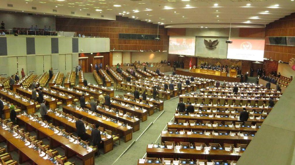 Terlalu! 448 Wakil Rakyat Tak Hadiri Paripurna HUT DPR