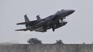 Korut Luncurkan Rudal, Jet Tempur Korsel Jatuhkan 8 Bom