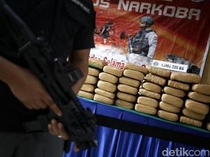 Polisi Ciduk Pengedar Ganja Jaringan Medan-Aceh