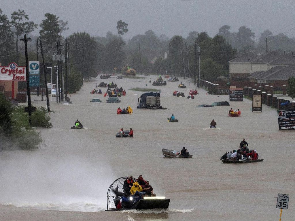 Houston, We Have a Problem! Banjir Akibat Badai Harvey Belum Surut