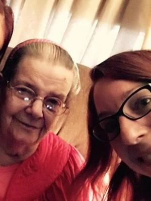 Hidup Sendiri dan Kesepian, Nenek Ini Tulis Surat Mengharukan Untuk Tetangga