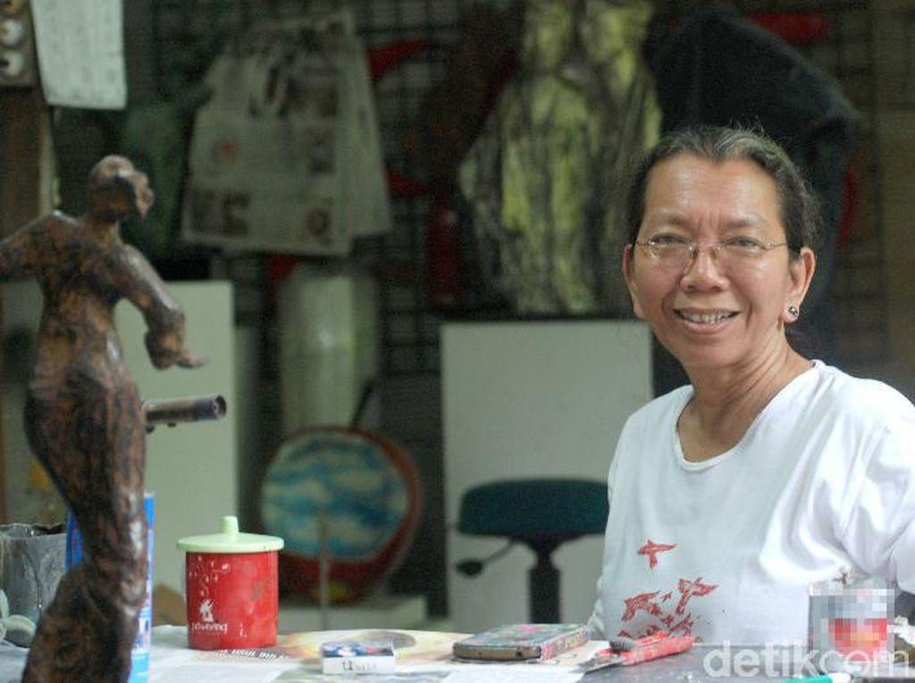 Dolorosa Sinaga Bicara Soal Seni Patung di Jakarta